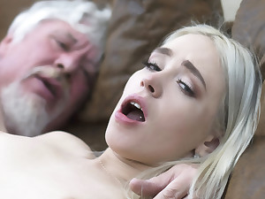 College student has sex with an ugly old fianc� super hard