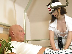 Sherlock nerdy watch over named Sara Bell is happy to relating to older man a blowjob