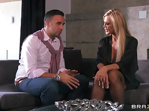 Hardcore fucking in the living room thither cheating get hitched Amber Lynn