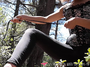 Vends-ta-culotte French Brunette Outdoor Demonstration Teasing