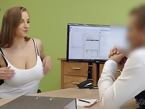 Student with D-cups boobs Suzie is obtainable for serendipitous sex close by win a loan